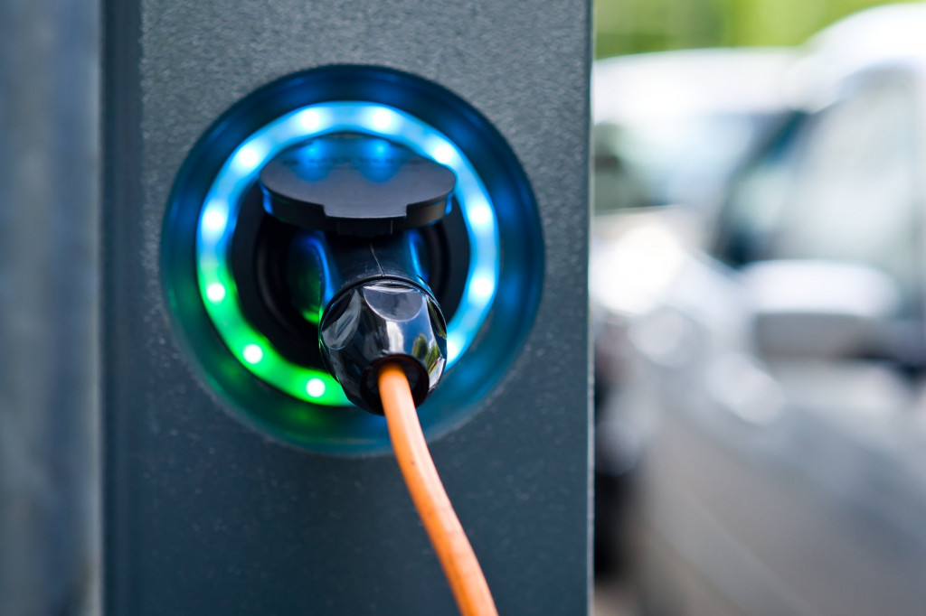 electric car plug